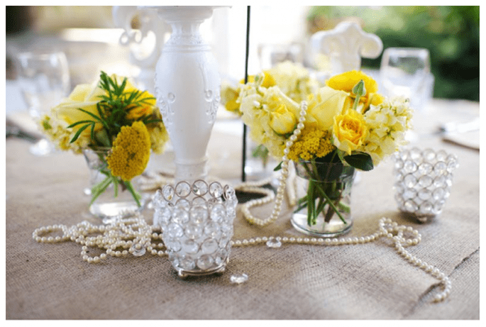 Decoración de boda en color amarillo - Foto Justin Wright Photography