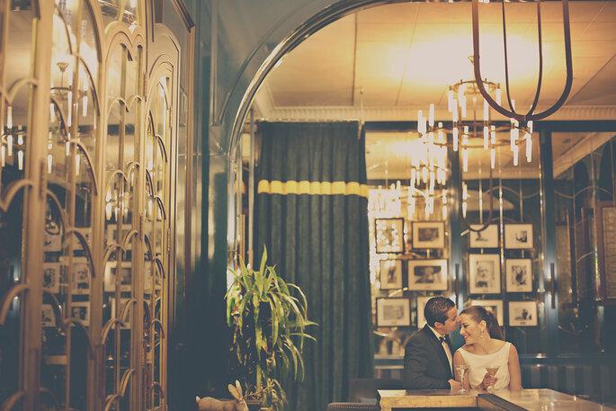 Un couple de mariés à l'Hôtel Alfonso XIII