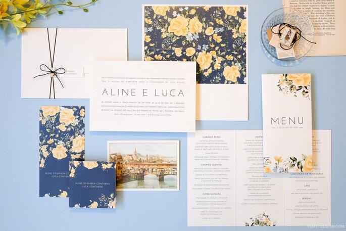 Convite estampado de flores