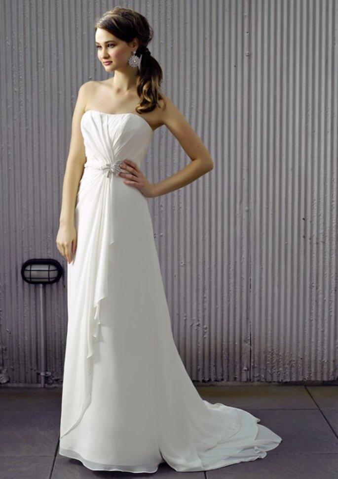 Vestido de novia liso con detalles en la cintura - Foto Henry Roth, Polkadot Bride