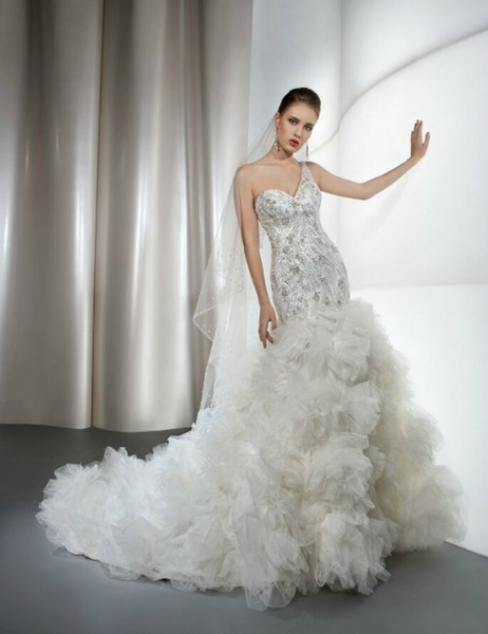 Demetrios 2013 Bridal Collection. Foto: www.demetriosbride.com