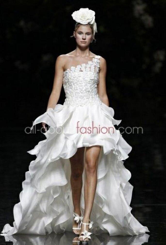 Traumhaftes Brautkleid von Manuel Mota, dem Designer von Pronovias