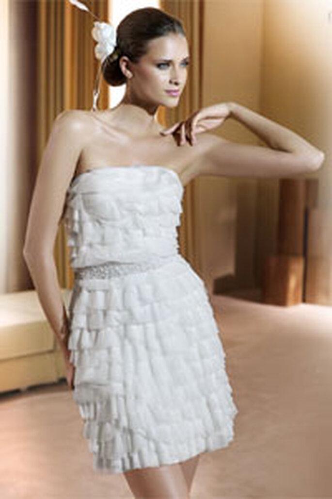 Robe de mariée blanche courte Pronovias 2011