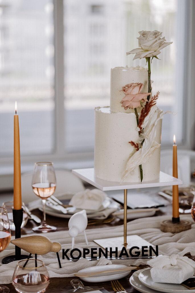 Skandi Chic - Hochzeitskonzept im skandinavischen Stil Torte