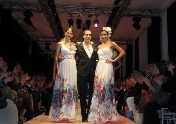 César Juricich con dos de sus modelos - Fotos: Terra / Daniela Amdan
