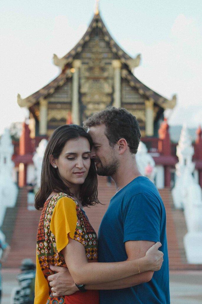 ensaio casal oeste asiático.