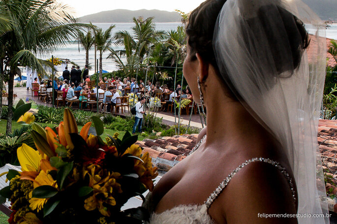 Acessórios de cabelo da noiva: Marias & Marias   Foto: Felipe Mendes Estúdio