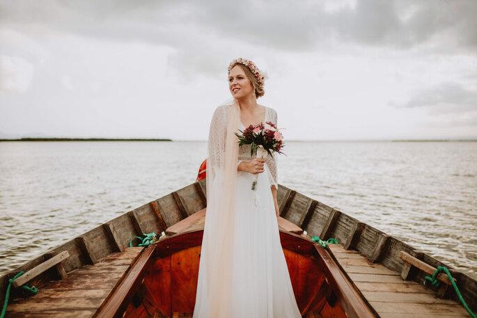 novia en una barca