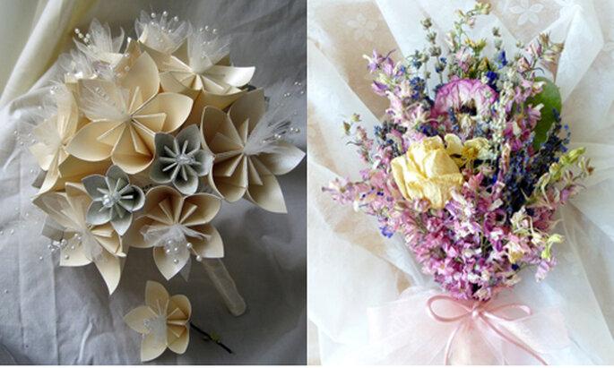 Da sinistra, bouquet con candidi fiori di carta (Etsy.com) e bouquet con fiori secchi sui toni del rosa (Etsy.com). Foto: ameliste.it