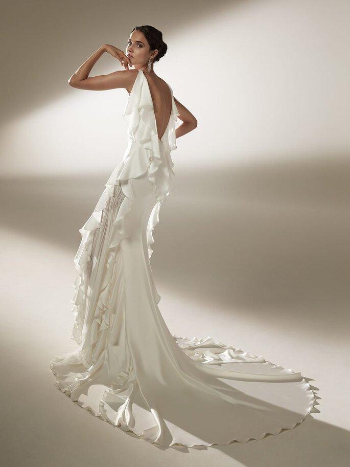 Robe de mariée vintage avec un dos nu