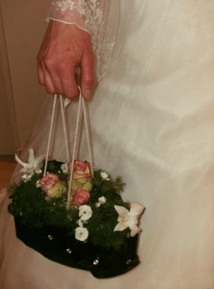 Bouquet a borsetta by Incantesimo Fiorito