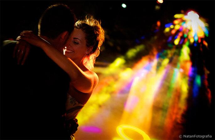fiesta encontrar novia bailando