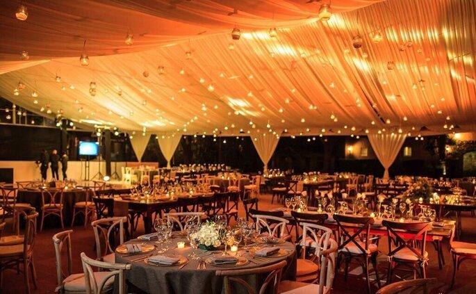 Decoración e iluminación del banquete
