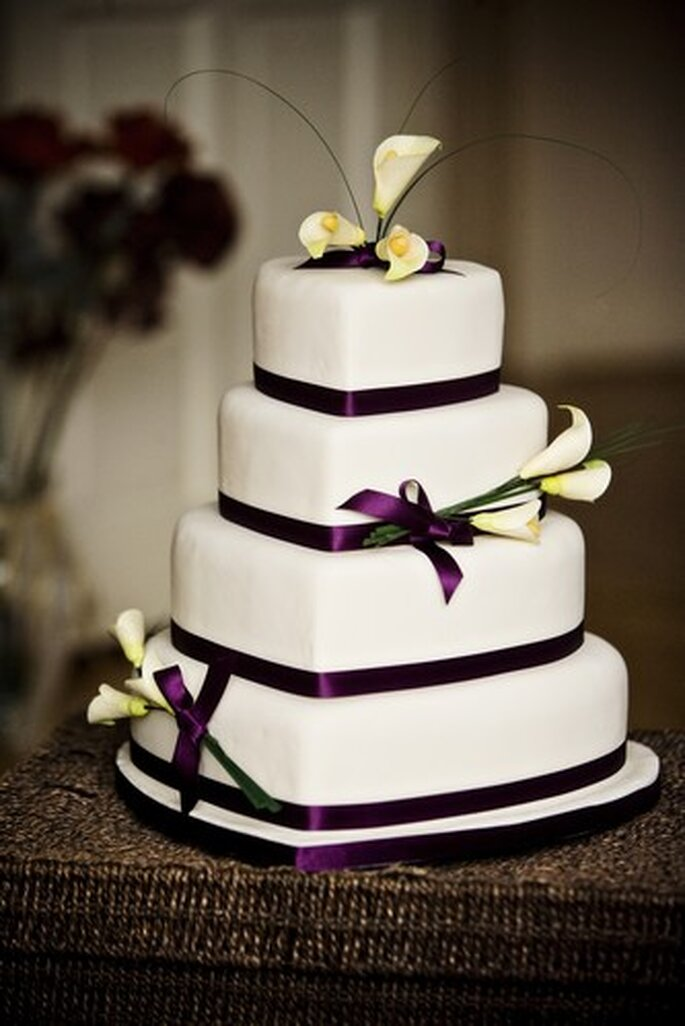 Elegance by Elite Cake Designs, photo by Steve Gerrard