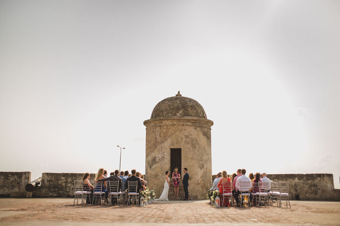 Coral Bodas by Elope to Cartagena wedding planner