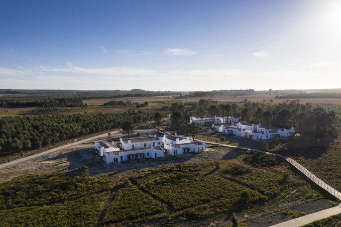 Vista aérea do Craveiral Farmhouse