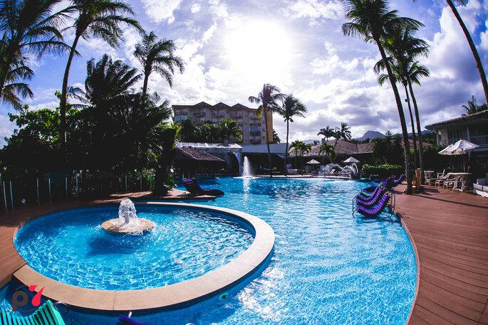 Local da cerimônia e da festa: Costa Verde Tabatinga Hotel - Foto: Produtora 7 SONY   Foto e Filme