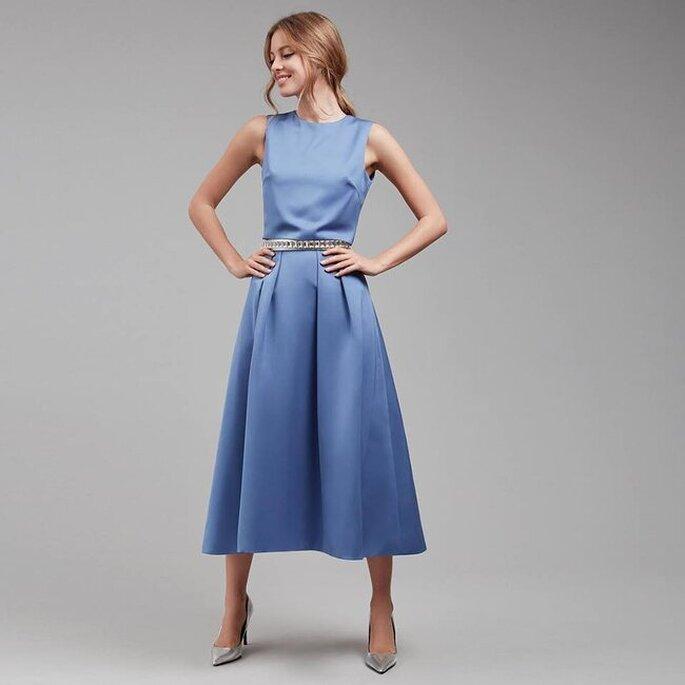 blaues kleid gast