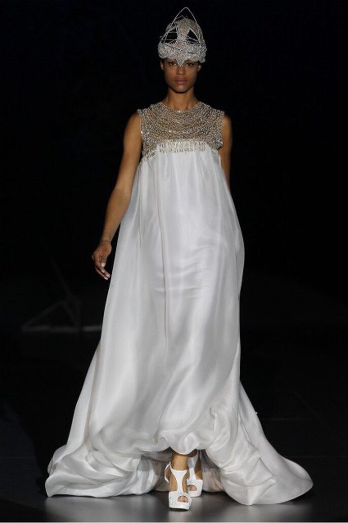 Vestidos de novia Isabel Zapardiez 2012 inspirados en la mitología nórdica