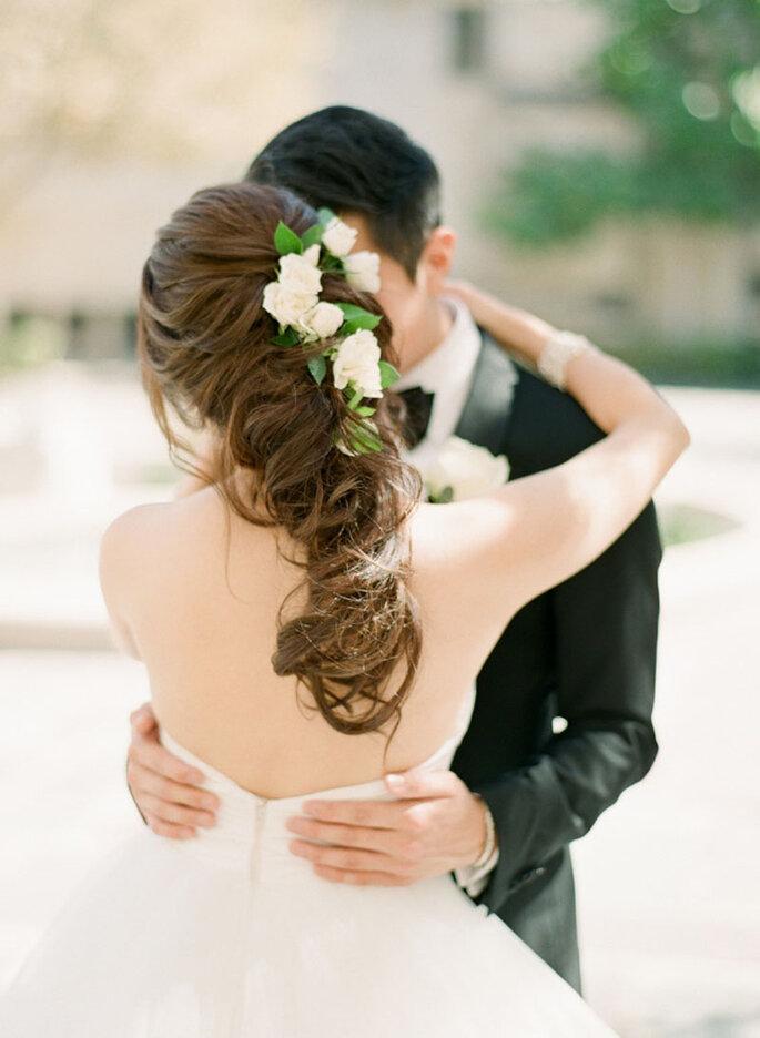 Peinado de novia con trenza efecto despeinado