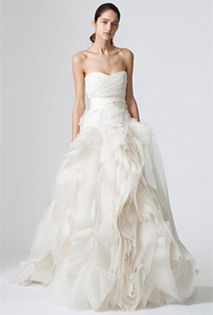 Vera Wang 2010 - Diana, vestido largo en organza y seda, corte princesa, palabra de honor