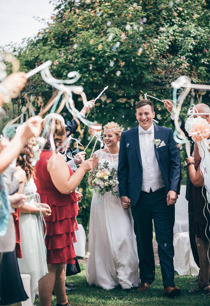 Hochzeitsbräuche in Deutschland Spalier stehen