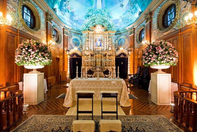 Vic Meirelles - decoração de altar de igreja católica