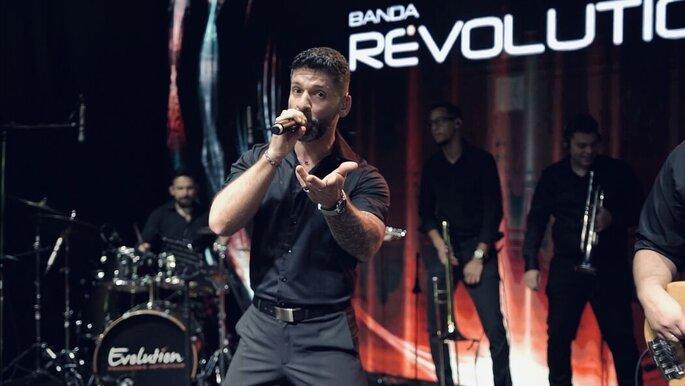 Banda Revolution
