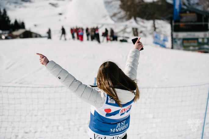 La mariée sur des skis