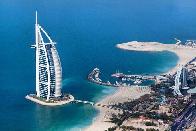 Beleza das praias dos Emirados Árabes