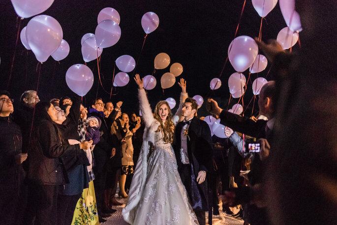 Hochzeitstradition. Ballon steigen lassen