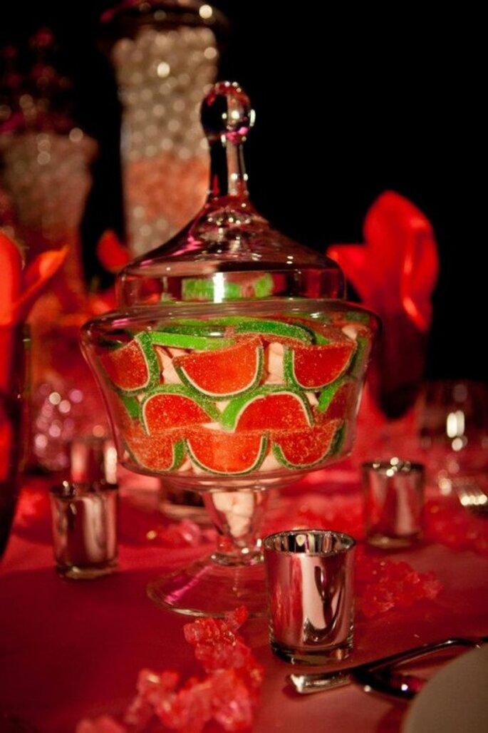 Jarron de cristal con gomitas de sandia al estilo Katy Perry - Foto: Floramor Studios Facebook