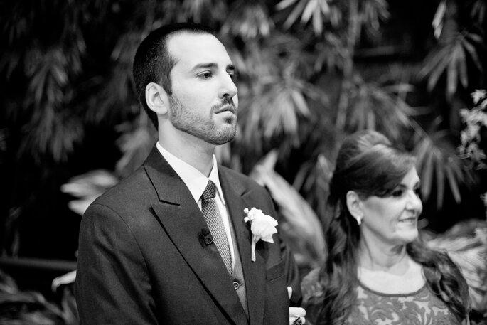 noivo aguarda chegada da noiva