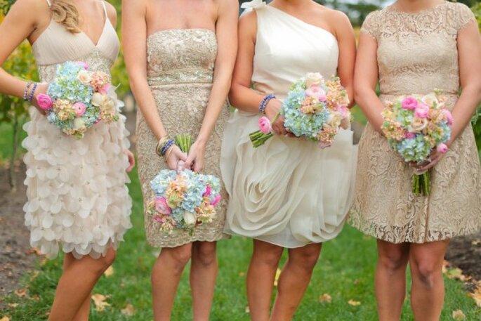 Tus damas de boda con increíbles vestidos de diseños diversos - Foto Julie Roberts Photo