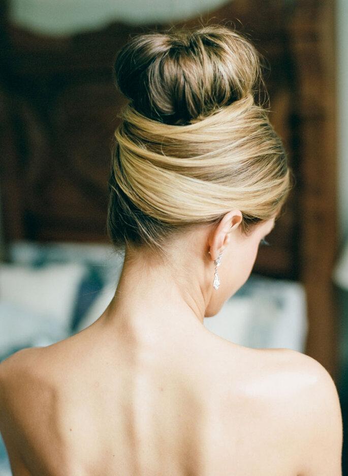 Peinado de novia con moño
