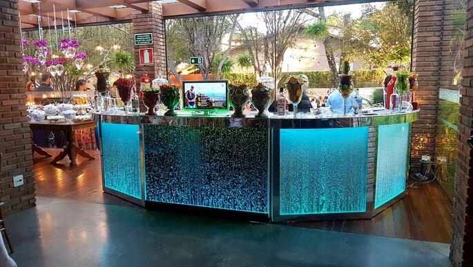 Balcão de open bar da Like Drinks