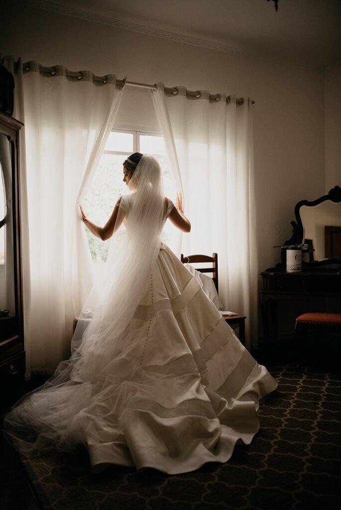 Vestido de noiva: Allure Bridals por Ateliê Belle Sposa - Foto: Marcos Misturini