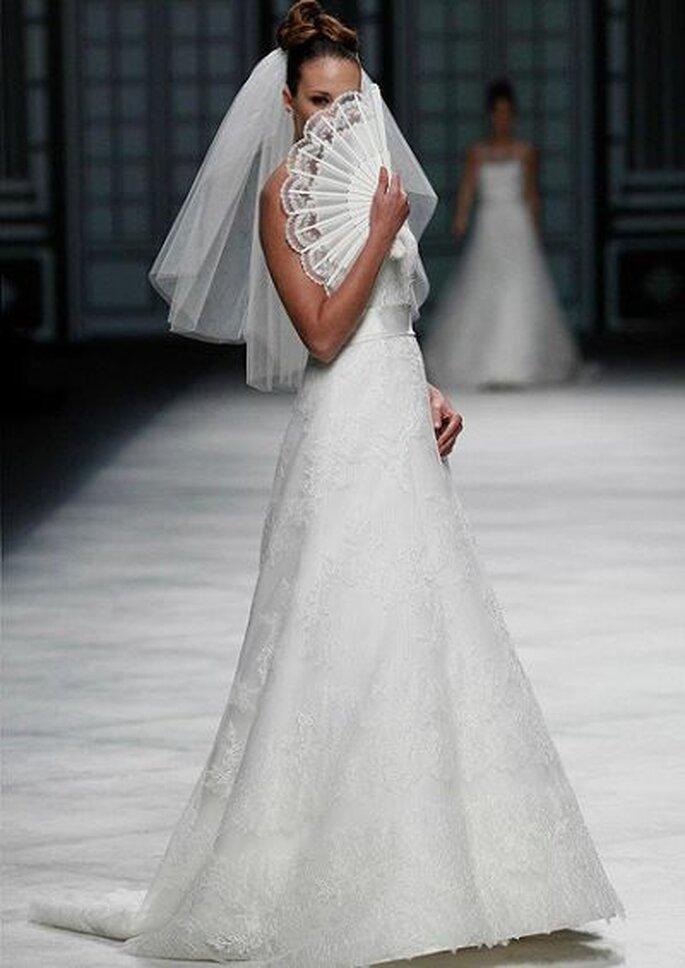 Brautkleid Kollektion 2013 - Foto: La Sposa