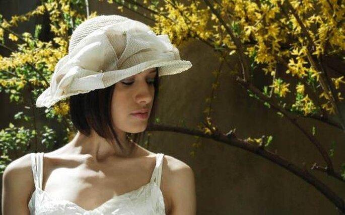 Un cappello da sposa per rendere unico il vostro abito ©