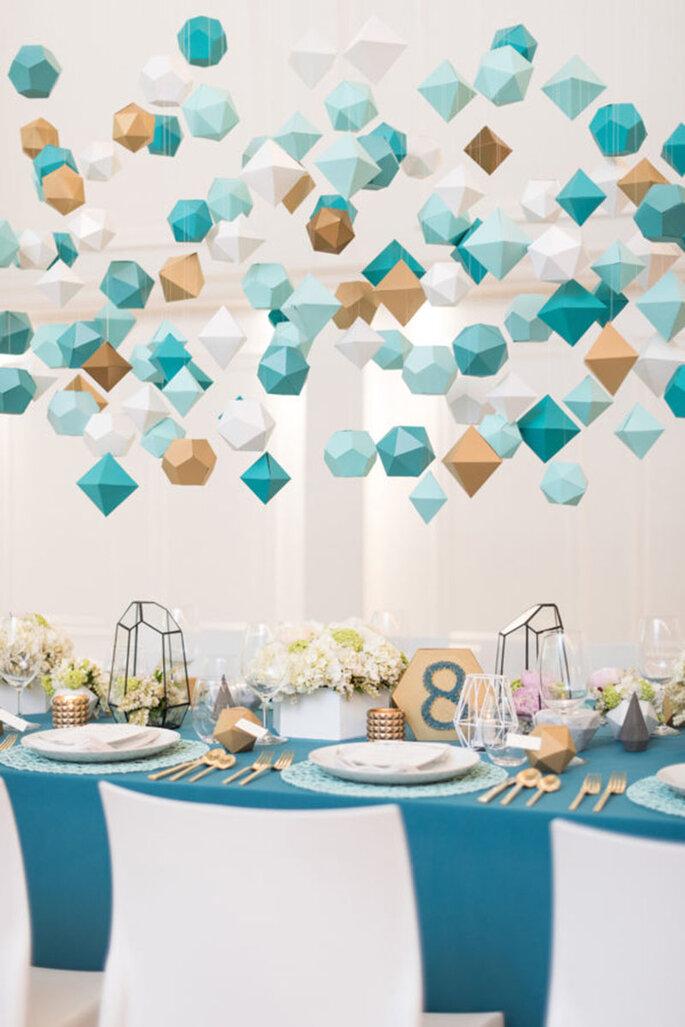 Detalles geométricos colgantes para la boda