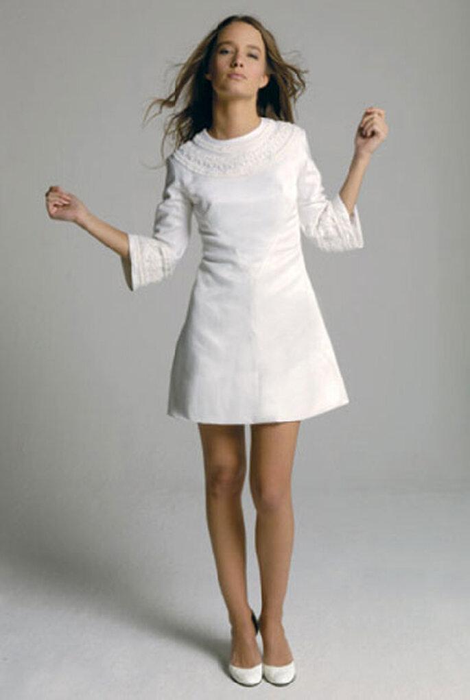 Delphine Manivet - um vestido de noiva curto anos 60-70