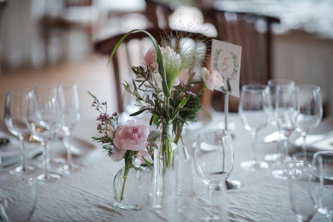 Détail d'une table de réception de mariage