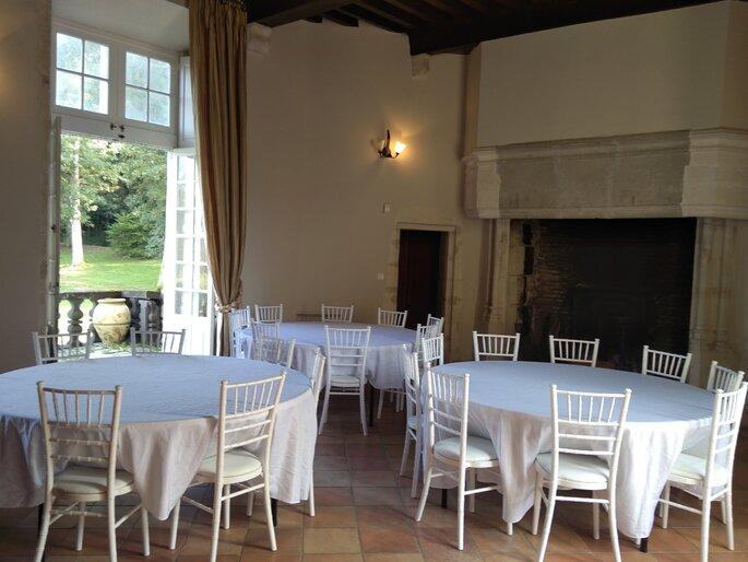 Salle de réception pour un mariage dans un château
