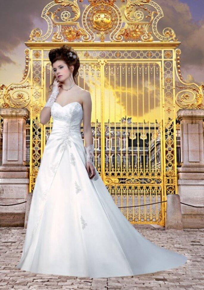 Robe de mariée Col 124-26 - Collector 2012