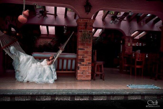 Luce genial en tu sesión de fotos de boda en la playa - Foto Arturo Ayala