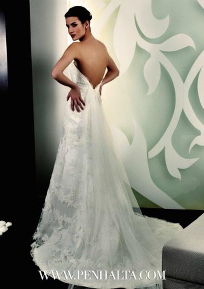 Ampie scollature posteriori per la sposa sexy