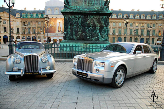 Une Bentley et une Rolls Royce Phantom 7.