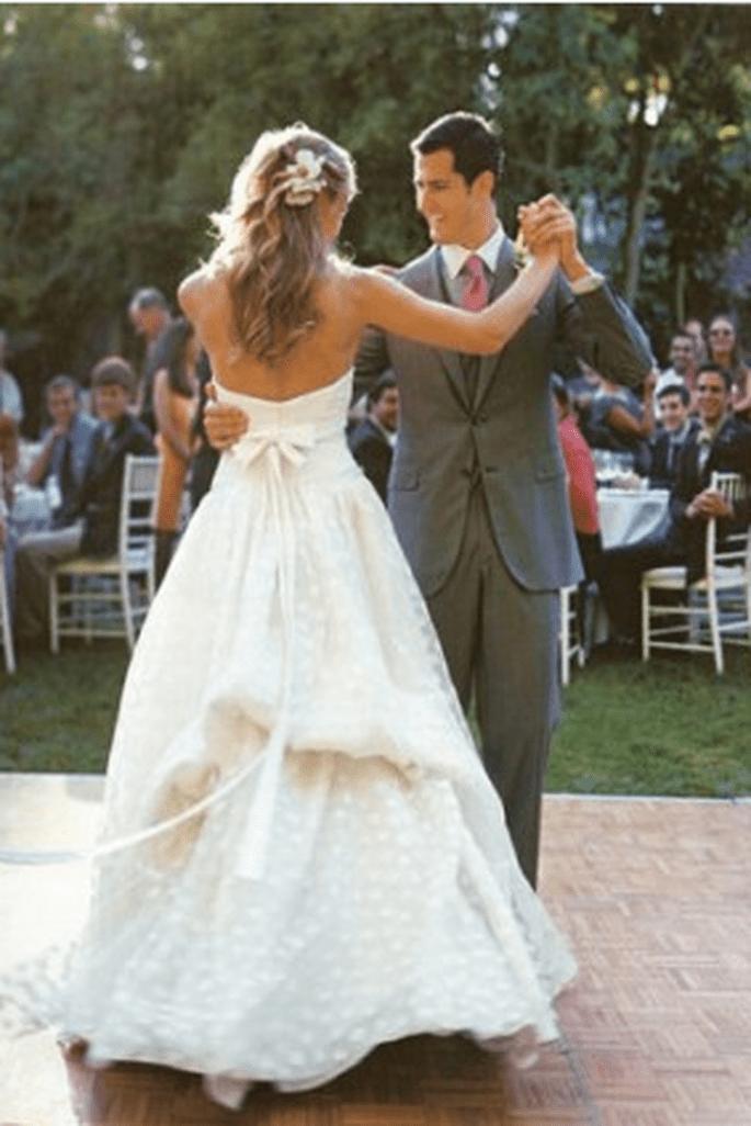 Robe de mari e pois for Combien sont les robes de mariage de caroline herrera