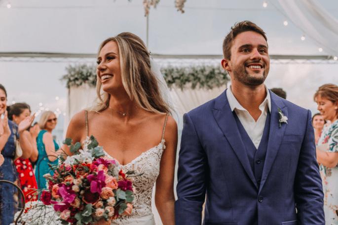 Saída dos noivos após a cerimônia no pier 151