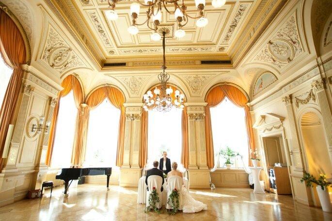 Trauung in schönem Saal